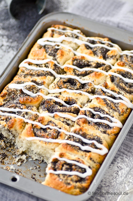 Saftiger Mohnkuchen aus Quark-Öl-Teig